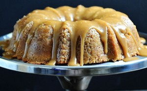 brown-sugar-bundt-cake-DSC_6503-640x399